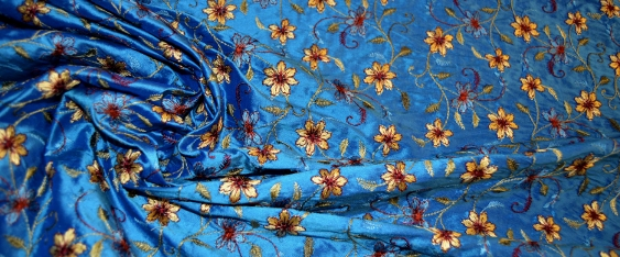 bestickte Seide - blau