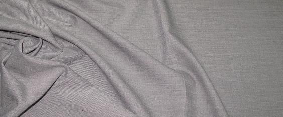 Rest Schurwolle/Polyester