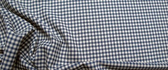 Schurwolle, blau-weiß-kariert