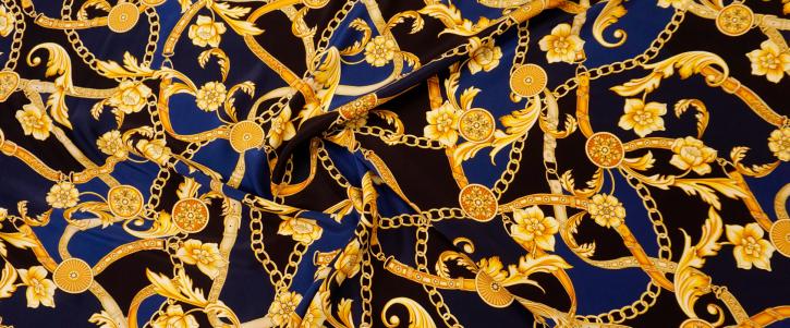 Versace - Ketten auf blau und schwarz