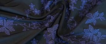 bestickte Seidenmischung - Blautöne