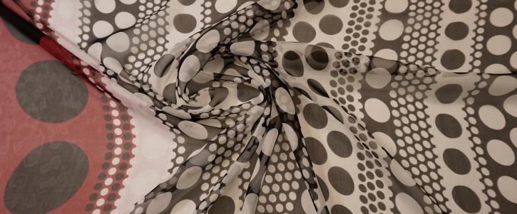 Chiffon - polka dots mit Bordüre