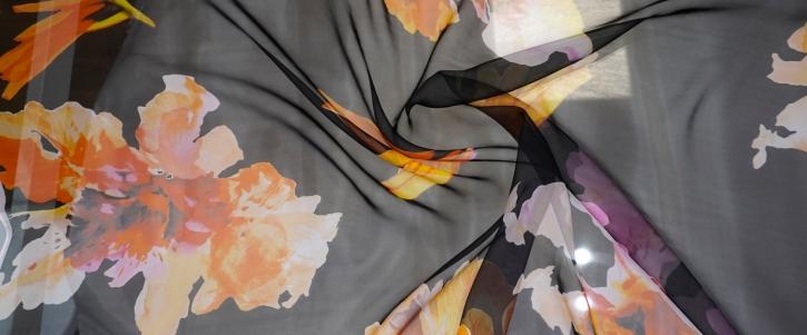 Dior - Blumen auf schwarz