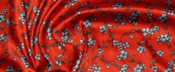 Seidenstretch - Blümchen auf rot
