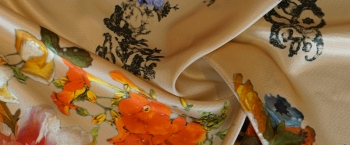Ottoman - bunte Blumen
