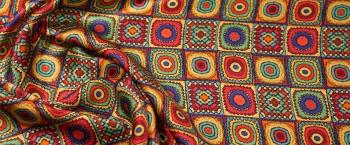 Seidensatin - geometisches Muster