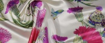 Seide mit Viskose - pinke Blüten