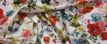 Seide mit Baumwolle - floraler Print