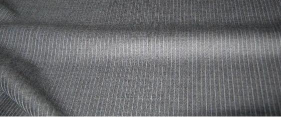 Schurwolle - Nadelstreifen grau
