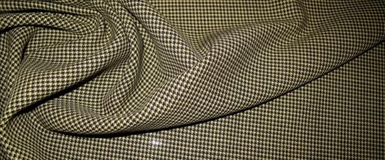 Schurwolle - grün und schwarz