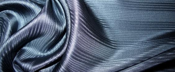 Seide, blau-grau
