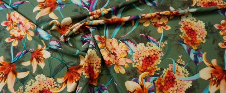 Schurwollstretch - Blumen auf grün