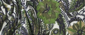 Schurwolle mit Blumen