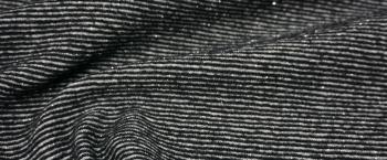 Schurwollmischung mit Silberfaden