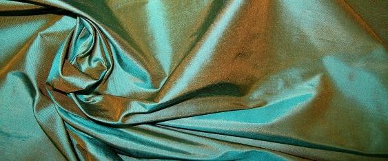 Dupion, blau und beige changierend