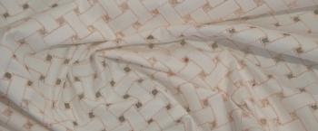 abstrakte Lochstickerei - weiß mit rosa