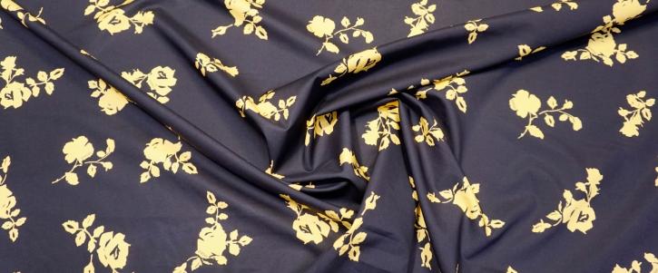 Versace - Blüten auf schwarz