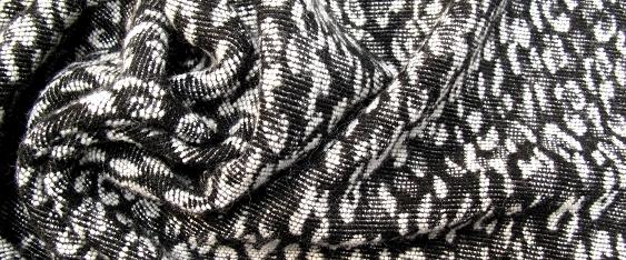 Schurwollmischung, schwarz-weiß
