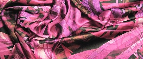 Stretch in lila und pink