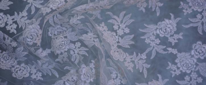 florale Gimpenspitze - weiß