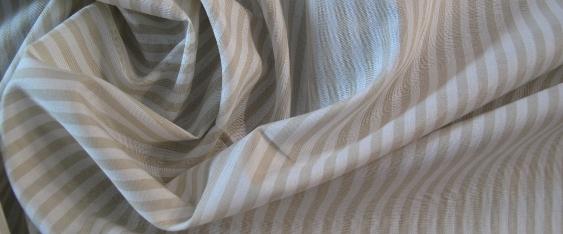 Baumwolle - creme und weiß gestreift