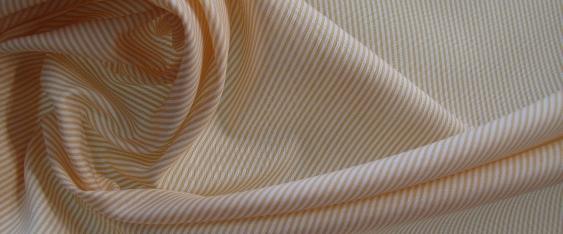 Rest Blusen- und Hemdenqualität, Gucci