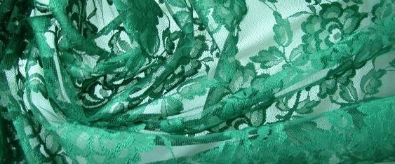 Spitze - smaragdgrün