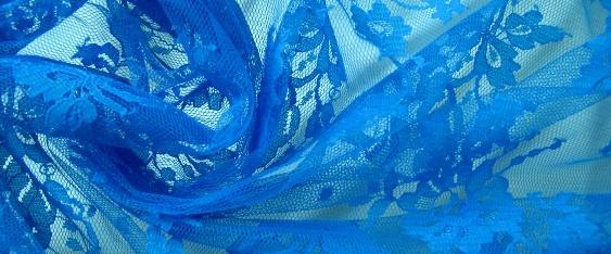 Spitze - himmelblau
