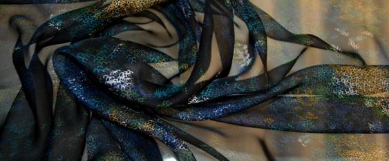 Chiffon - schwarz mit buntem Muster