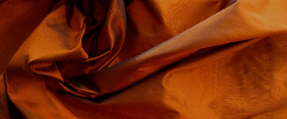 Dupion - orange, blau changierend