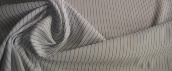 Blusen- und Hemdenqualität - gestreift