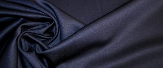 satinierte Schurwolle - nachtblau