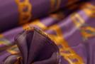 Seidenstretch - Ketten auf lila