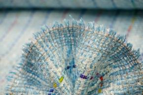 sommerlicher Boucle - blau/weiß