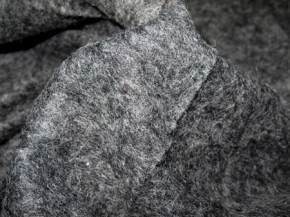 Schurwollmischung im Knitterlook