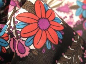 Rest Baumwolle - Paisleymotiv auf schwarz