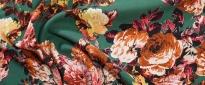 Crepe - Rosen auf smaragdgrün