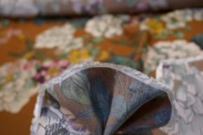 Viskose - Blumen auf braun