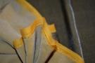 Seidensamt - grau-gelb
