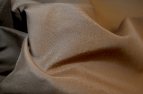 Baumwolle mit Seide, nougat