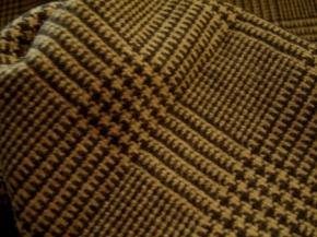 Schurwolle, braun und beige